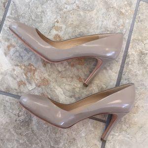 🎉NEW LISTING!🎉Ann Taylor heels